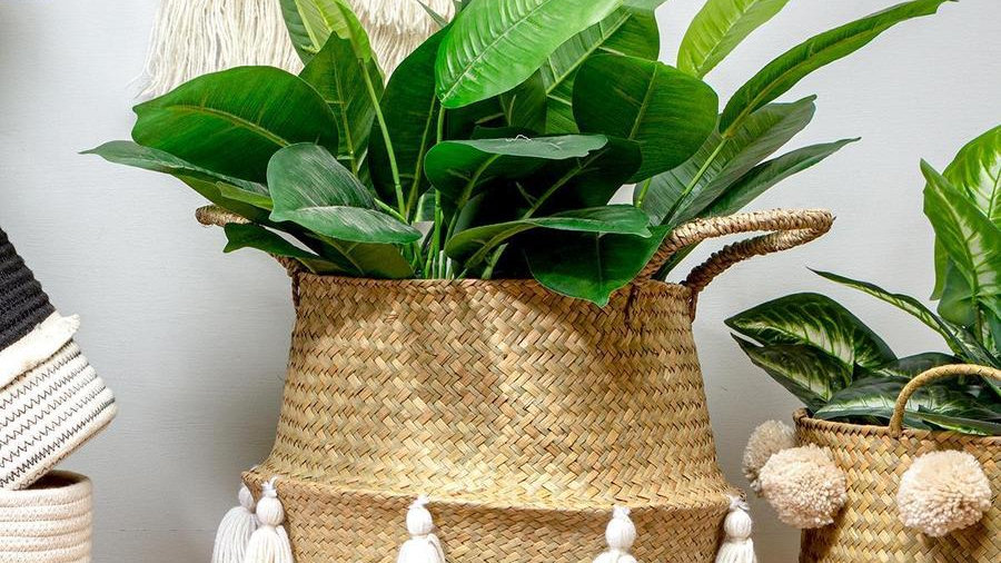 Orla Seagrass Basket with Tassels