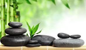 Seniors Hot/Cool Stone Massage