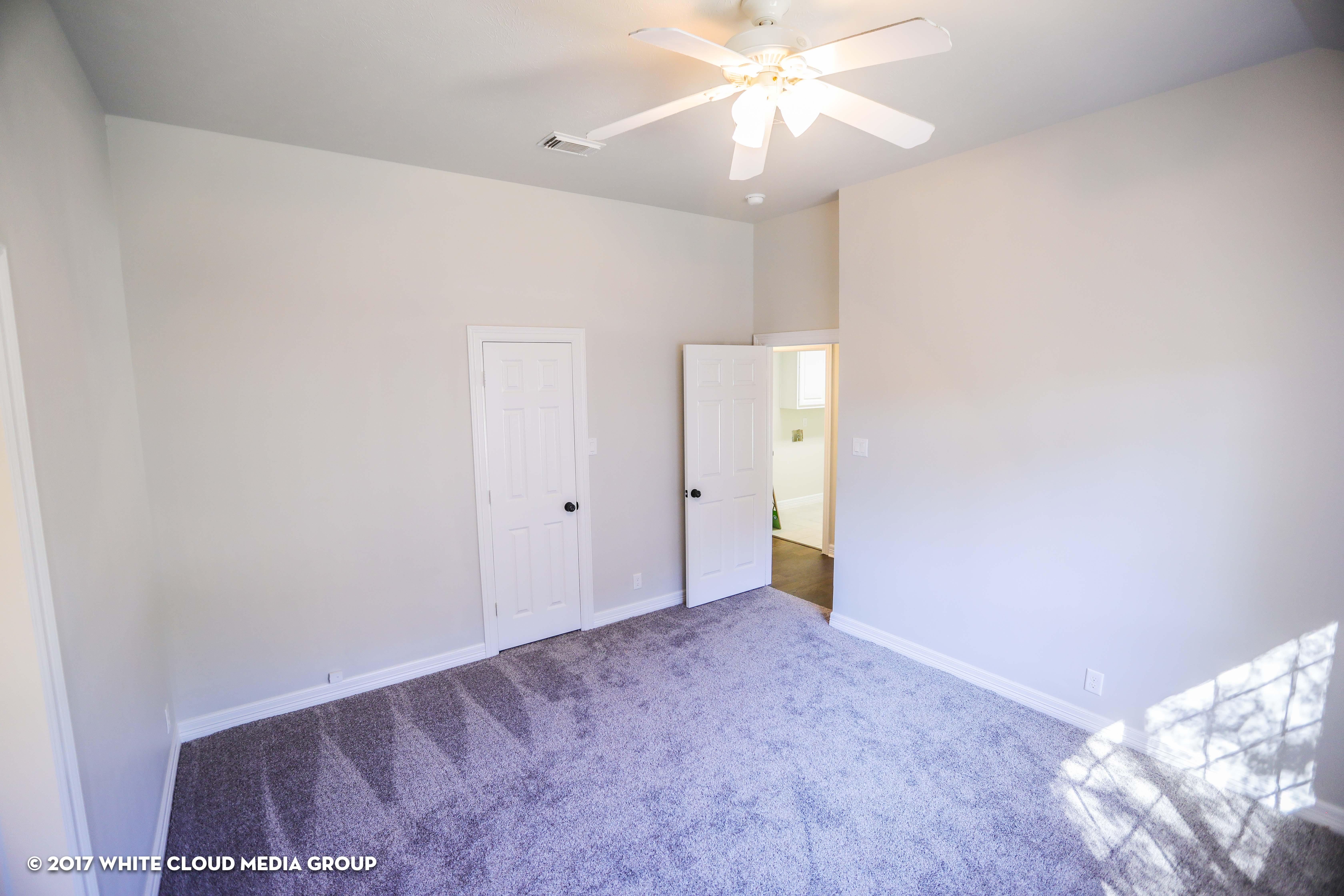 Inwood Heights - 112417-39