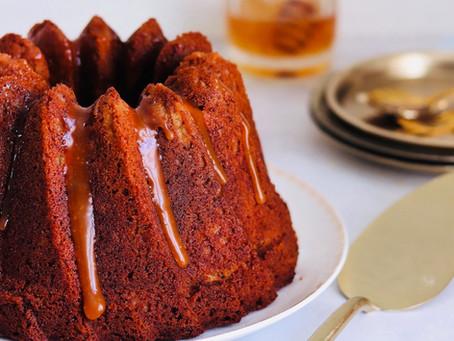 עוגת דבש תפוחים וקרמל