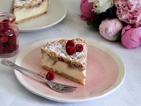 עוגת גבינה פטל פירורים אפויה