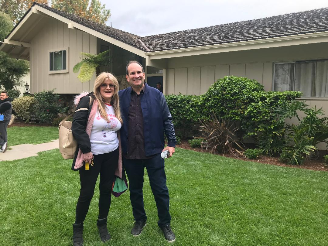 Susan Olsen in front of House Brady Bunc