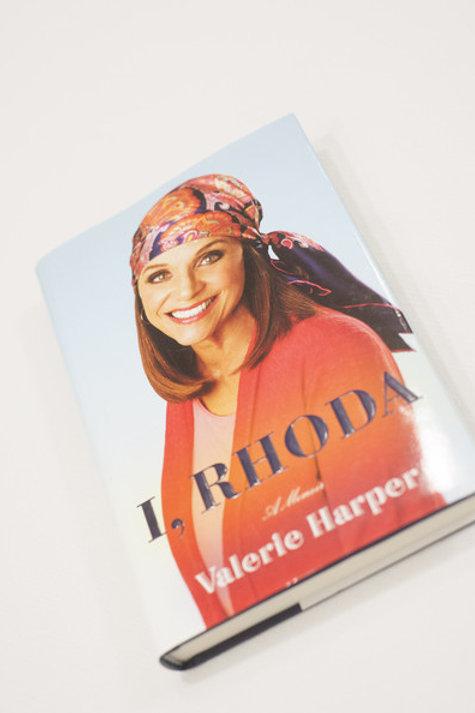 I Rhoda  SIGNED by Valerie Harper