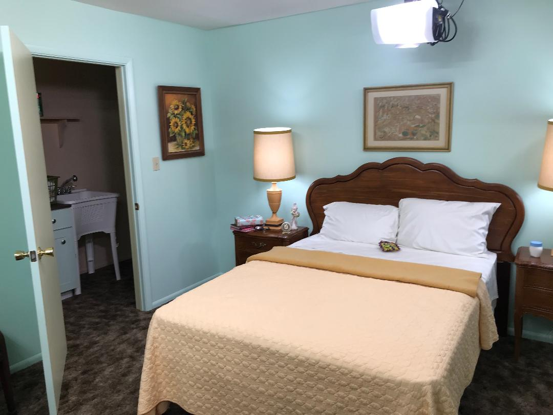 Alice Bedroom Brady Bunch 5-23-2019