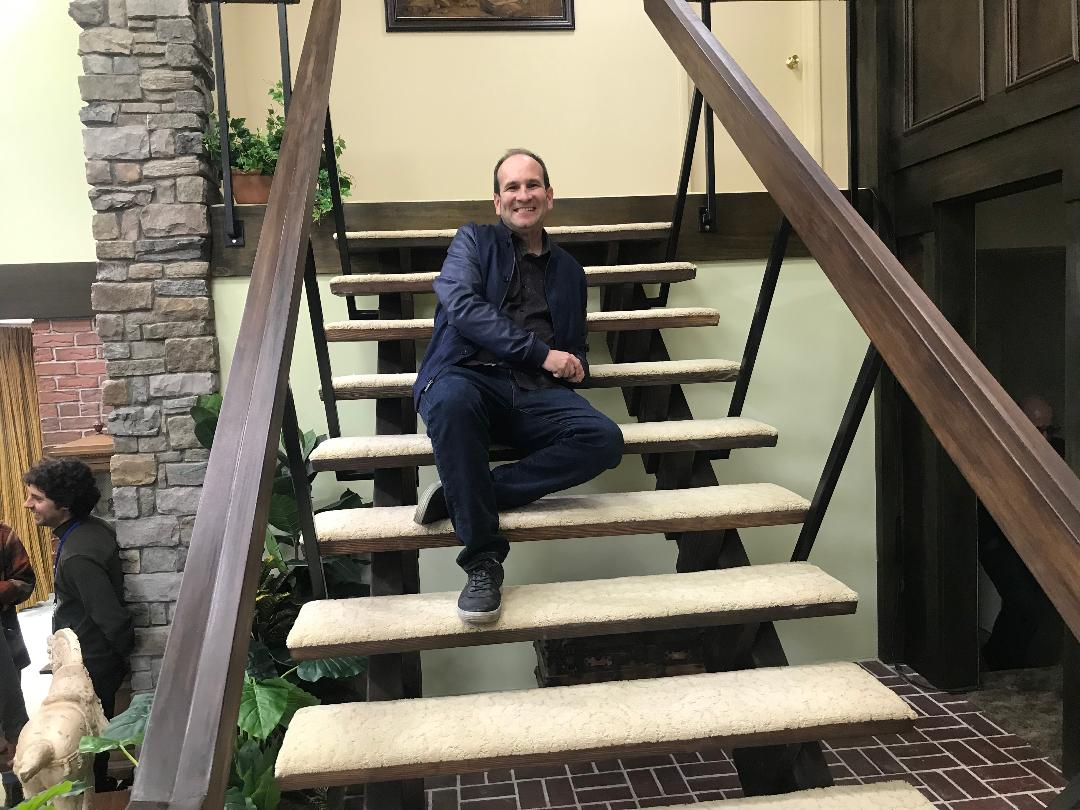 me on steps Brady Bunch 5-23-2019