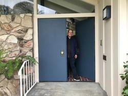 me in front of Brady Bunch front door 5-