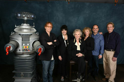 Cast of Lost In Space