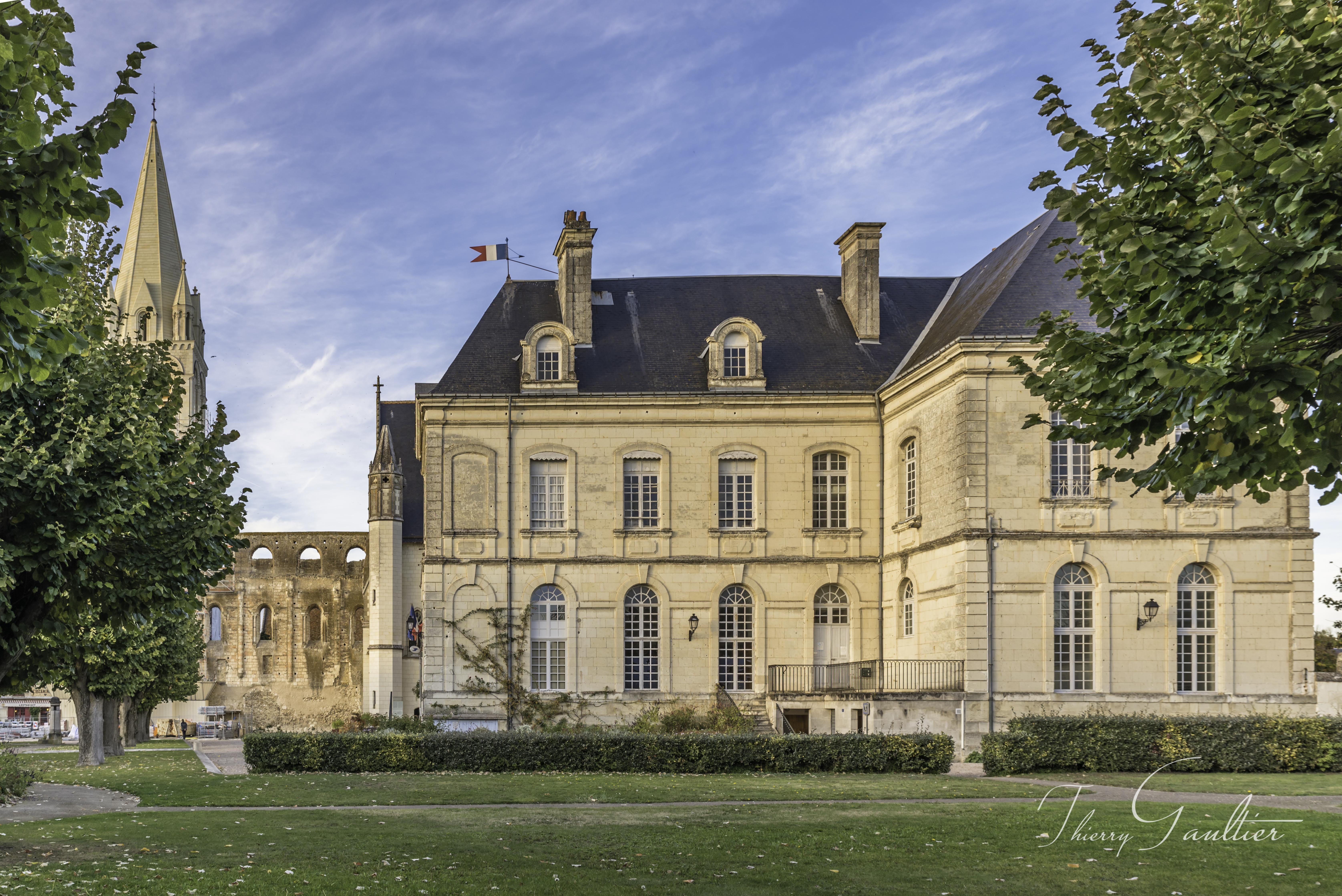 Mairie de BEAULIEU-LES-LOCHES