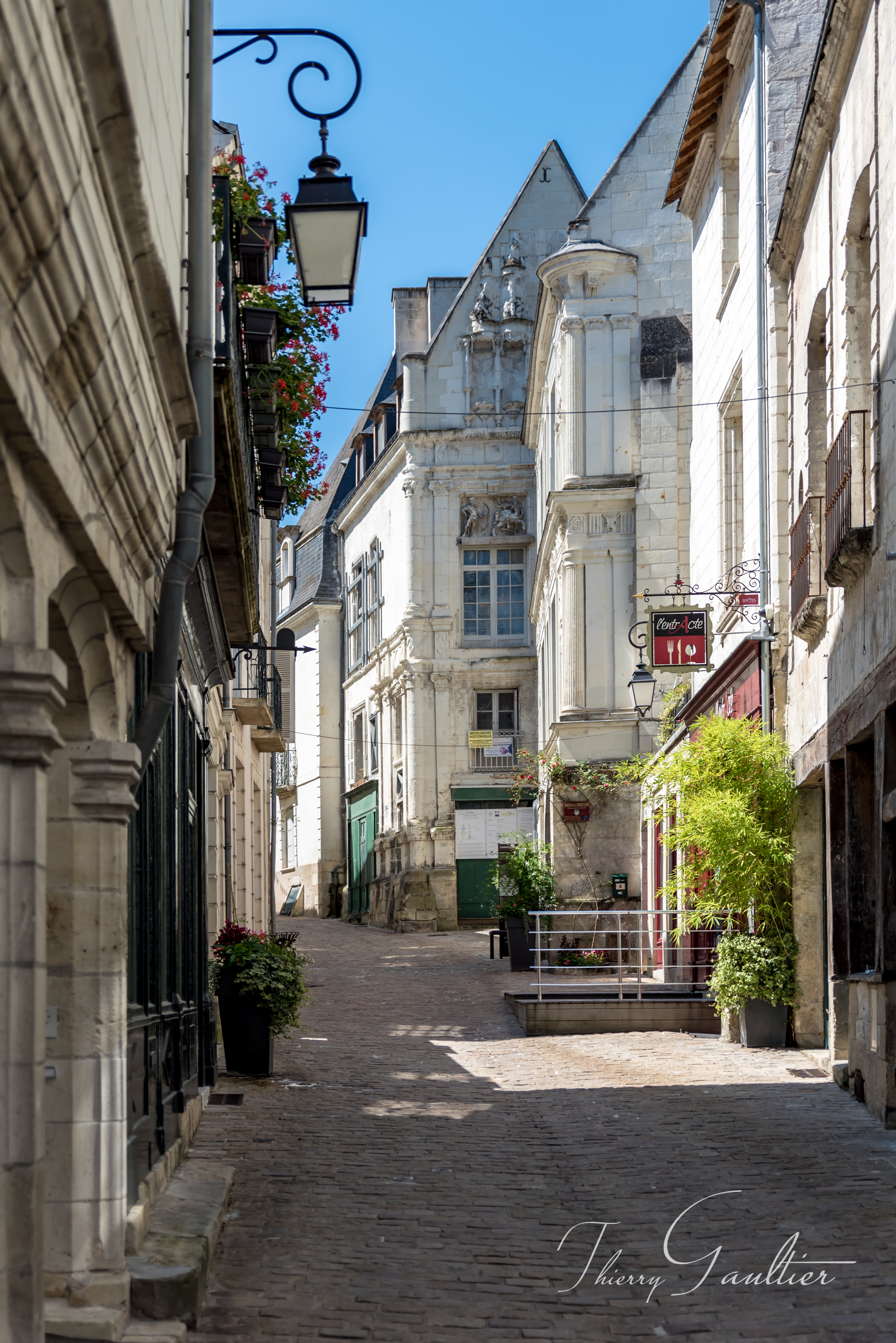 Rue du Château à LOCHES
