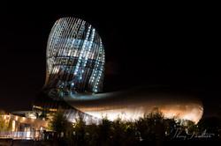 La Cité du vin la nuit