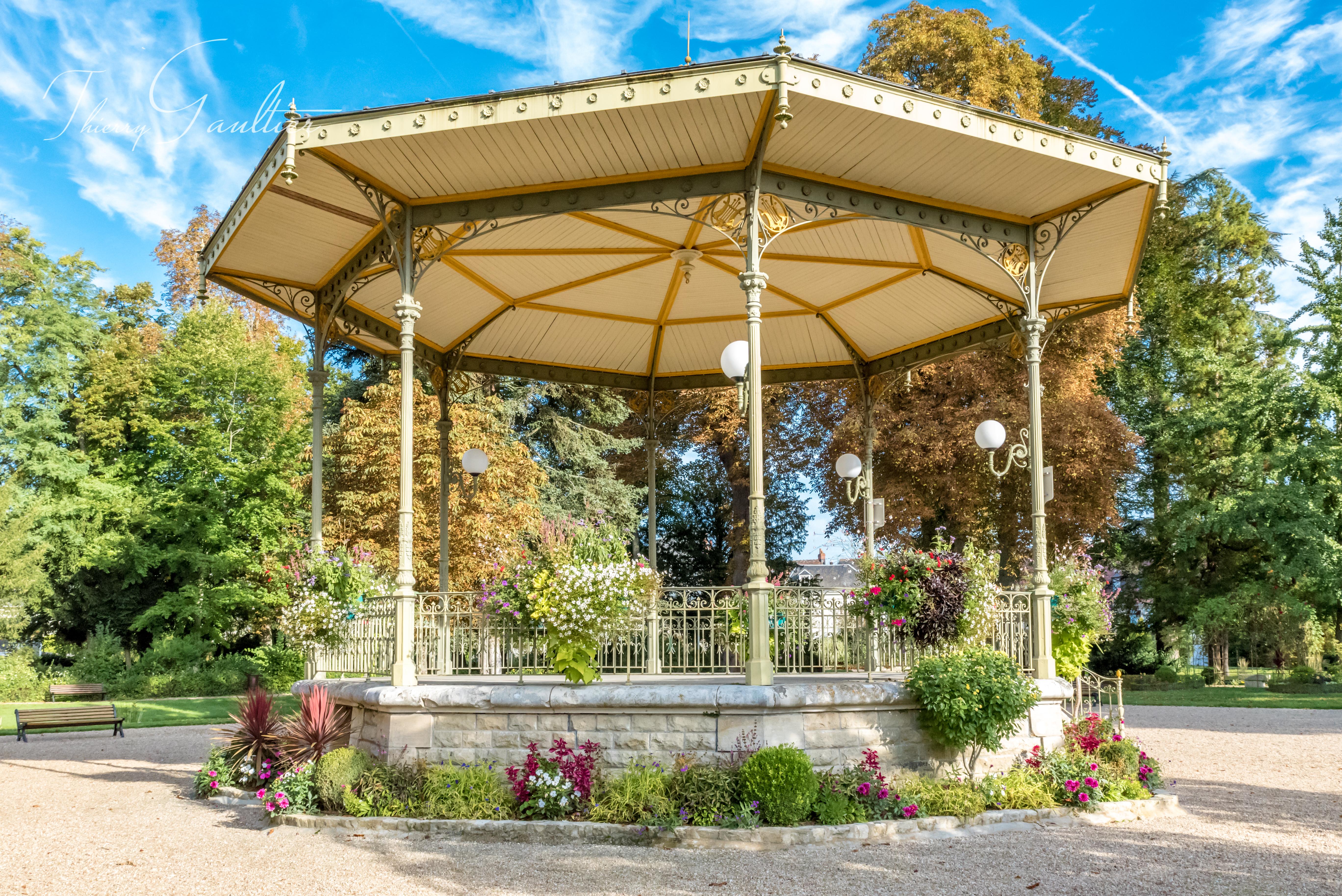 Square du jardin public de LOCHES