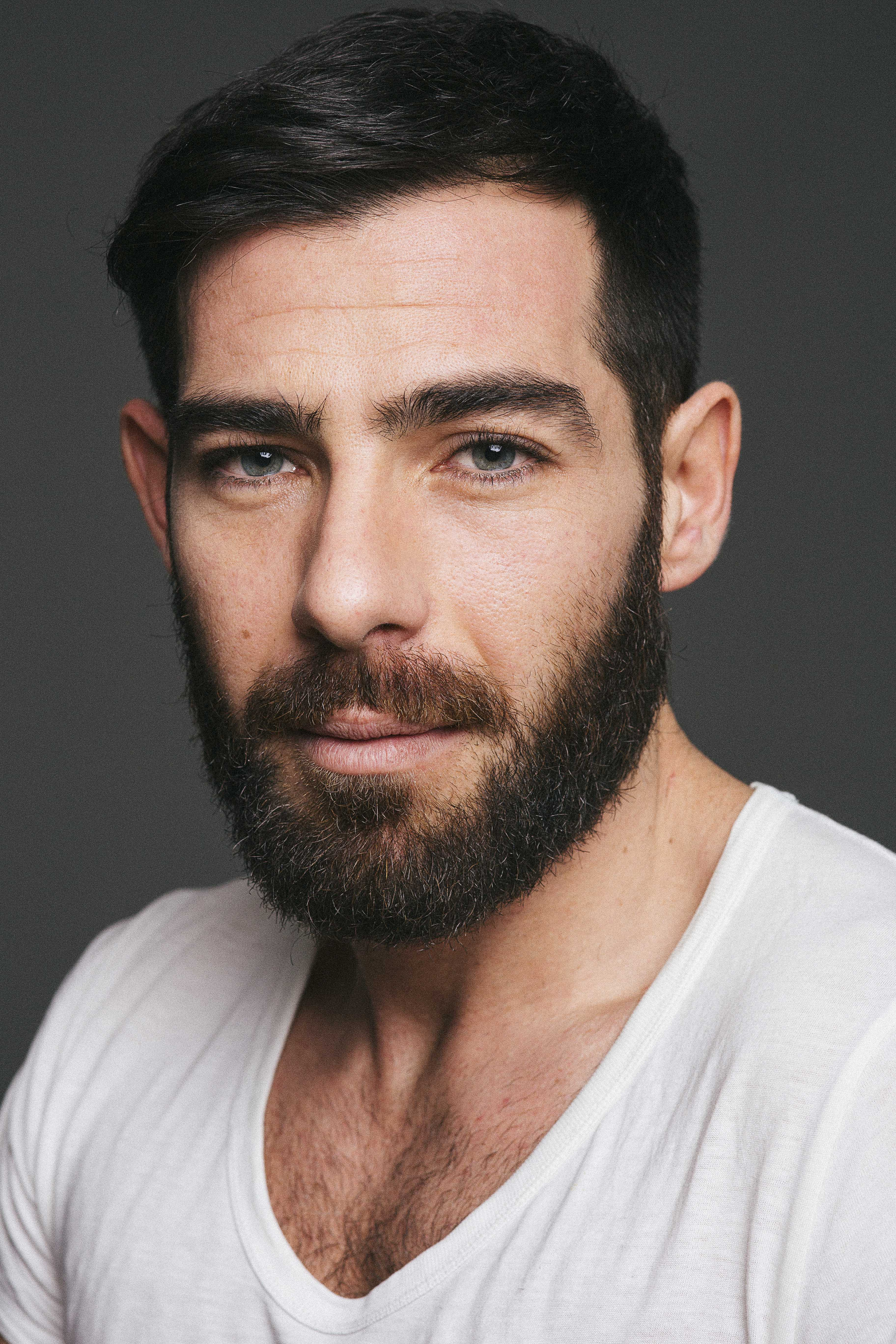Book actor Madrid