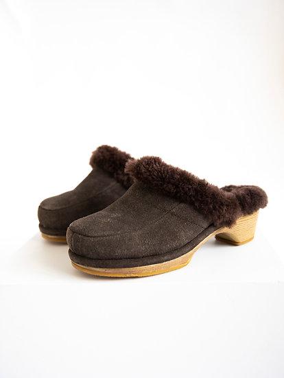 Vintage 90's Deadstock 100% Sheepskin Australian UGG Loafer Heels