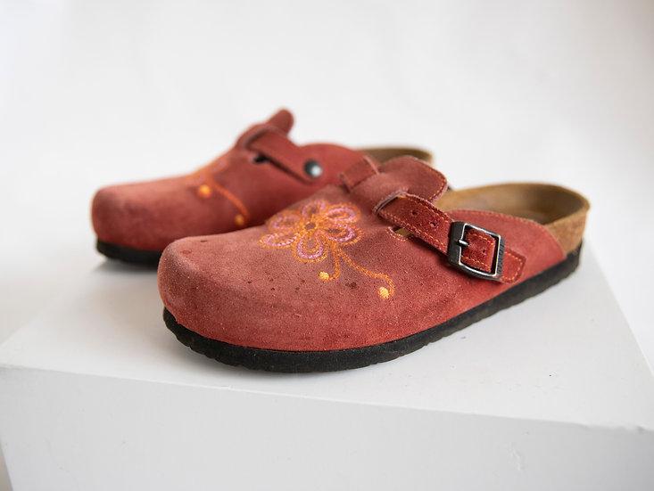 Vintage Deadstock Naot Genuine Leather Suede Flower Power Slides