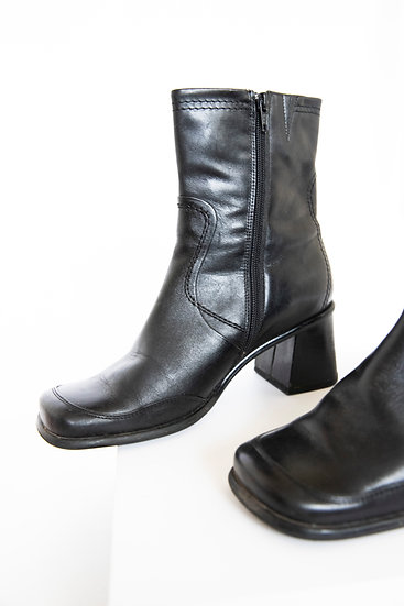 Vintage 90's Black Chunky Genuine Leather Boots