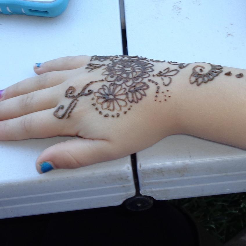 connecticut henna