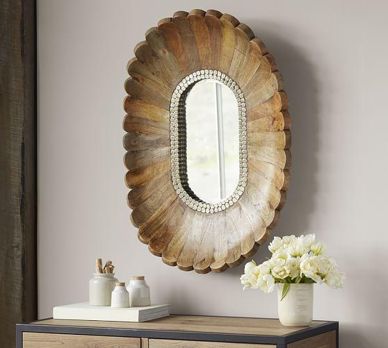 Spiegel und Accessoires
