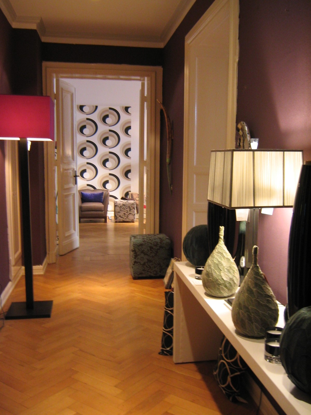 Mommsenstr Showroom 001.JPG