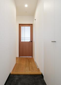 16220018_West Terrace Shiodome_C-TYPE_玄関