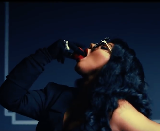 """Lil' Kim gets """"Spicy"""" in New Video Featuring Fabolous! [WATCH]"""
