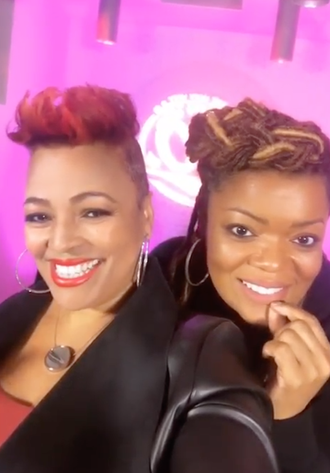 Actresses Kim Fields and Yvette Nicole Brown are Friendship Goals!