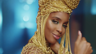 "Kelly Rowland's Steamy ""Hitman"" Video! [WATCH]"