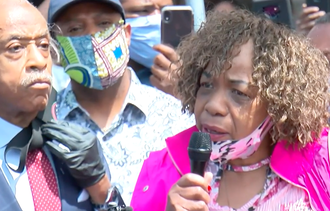 Eric Garner's Mother Shows Up in Minneapolis at Vigil for George Floyd who was also Murdered by