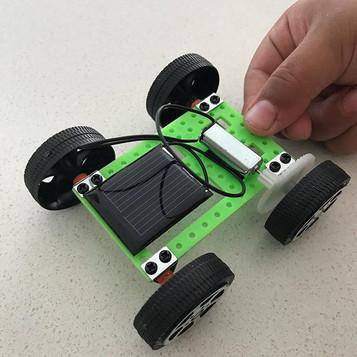 simple solar powered car #solarpoweredca