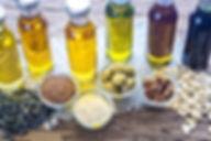 Oleje jadalne, extra virgin, nierafinowane, rafinowane, tłoczone na zimno