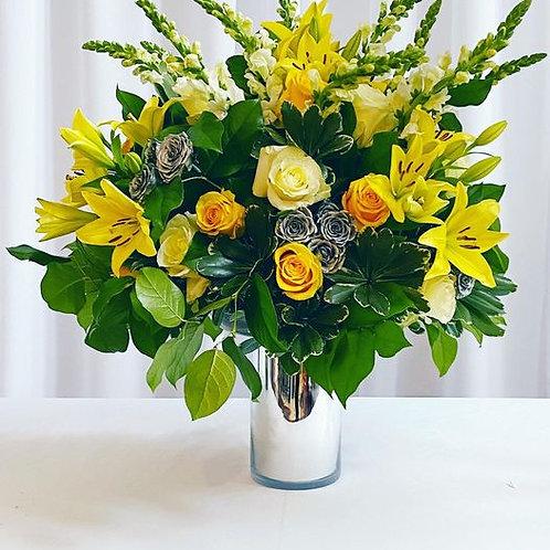 Fresh Floral Arrangement - Large