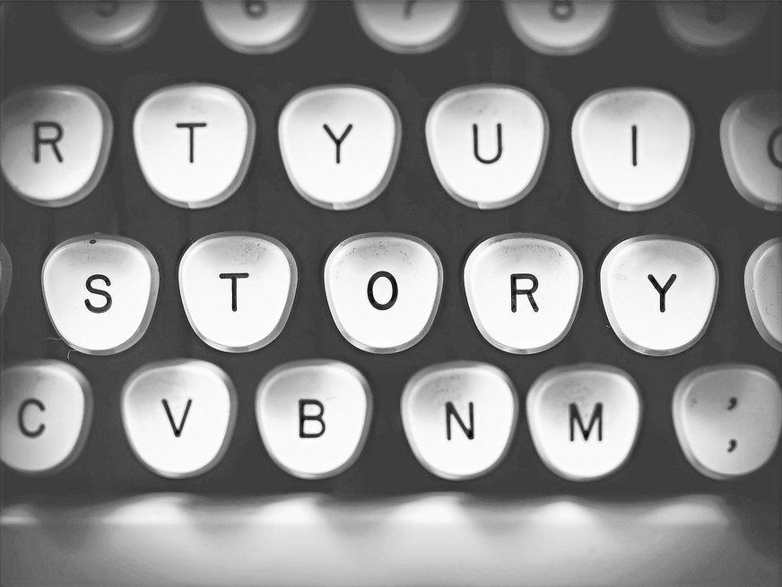 Typewriter%25252520Keys_edited_edited_edited_edited_edited.jpg