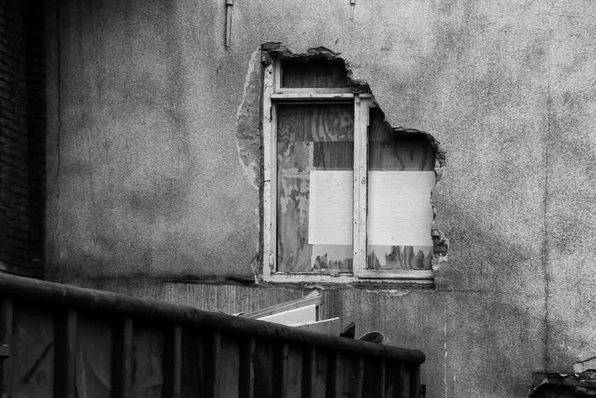 paul-muur-met-raamjpg