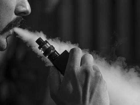 Il fumo, il vaping e l'igiene dentale nel 2018