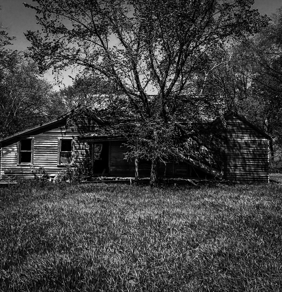 B&W Abandoned House