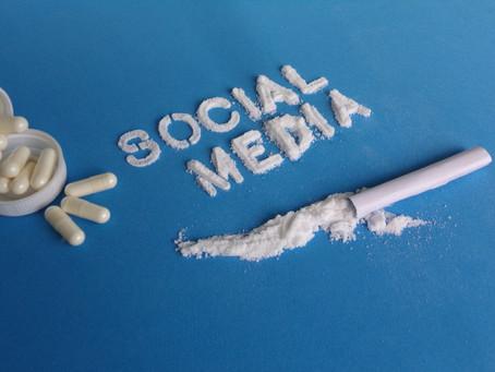 Welchen Gefahren lauern in den Sozialen Medien?