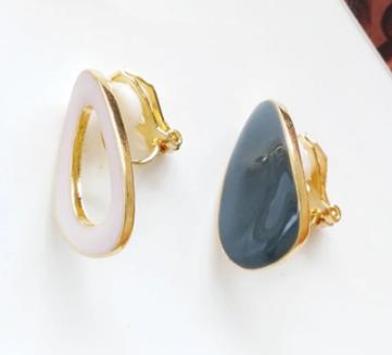 Asymmetric clip on earrings