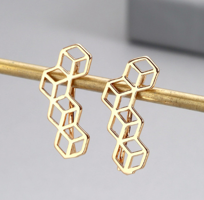 Minimalist up the ear cube design earrings