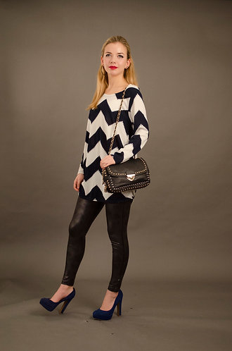 Light zig zag top