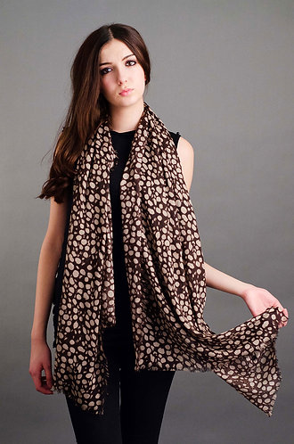 Brown spotted scarf