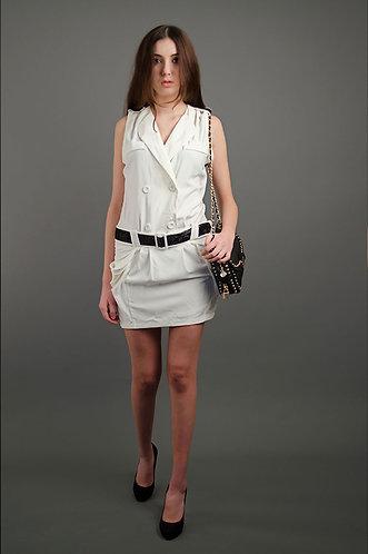 White dress with waist belt