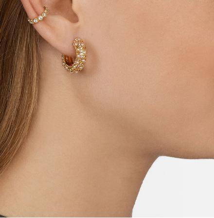 Gorgeous mini pearl hoops