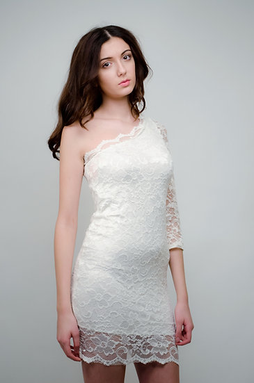 White lace one shoulder body dress