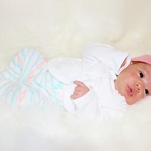 Aria's Newborn Shoot