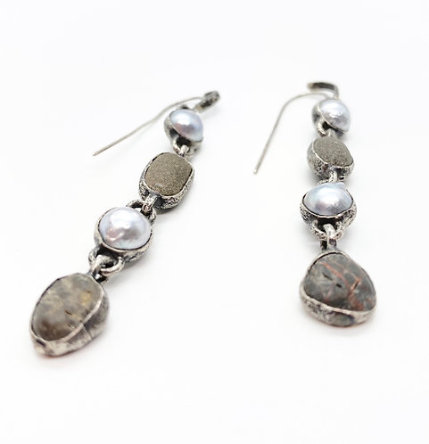 Lou Zeldis Pearl & Agate Earrings