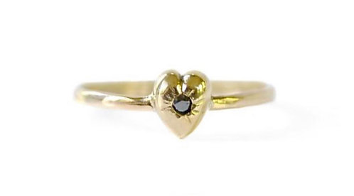 Acanthus Heavy Heart Ring