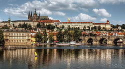 prague_castle_on_the_vltava_by_pingaller
