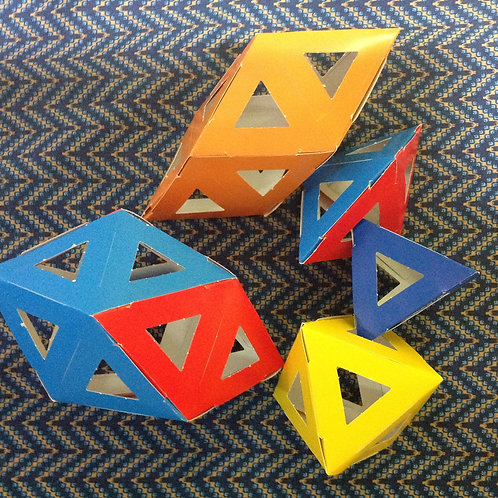Large polyhedral paper assembling kit