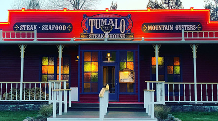 Tumalo Feed Co Signs and Neon.jpg