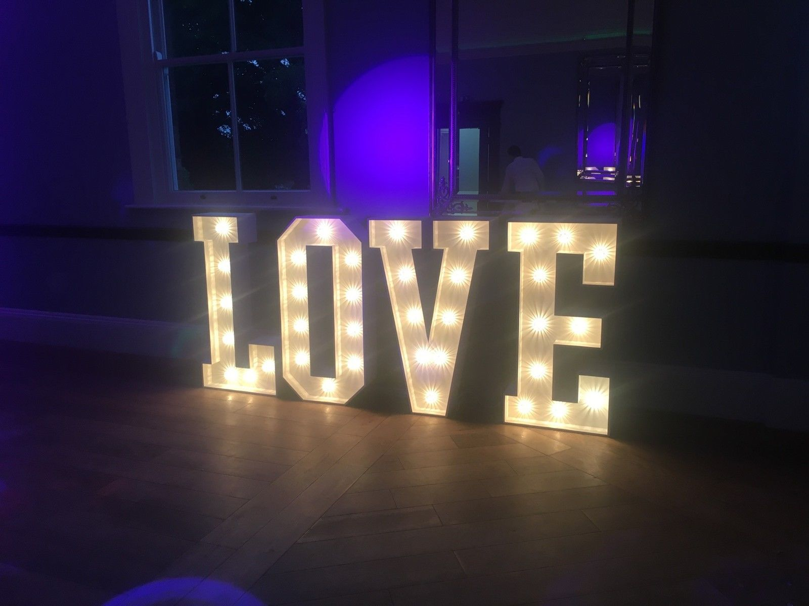 LOVE light hire