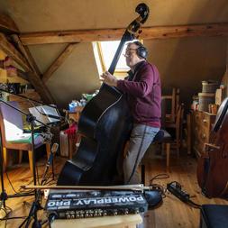 Jean-Yves Lacombe/ contrebasse et violoncelle